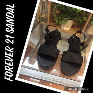 BNWOT! Forever 21 Black Flat Sandal 9